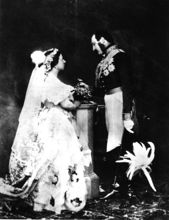 Queen_Victoria__Albert_1854.JPG