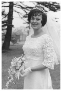 1965 bride and her veil